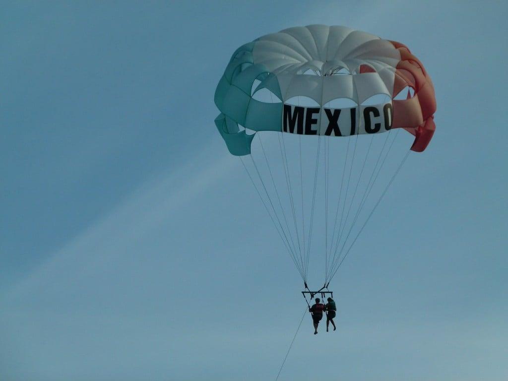paragliding-633857_1280
