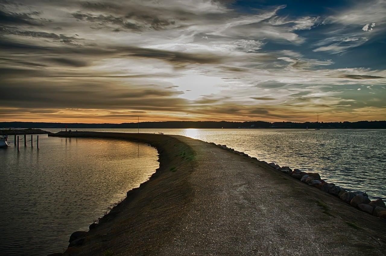 fjord-386467_1280